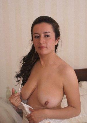 Невеста наконец-то сняла свое платье в спальни, под ним она была голая - фото 6
