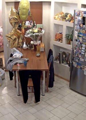 Скрытые камеры зафиксировали секс в неожиданных местах в квартире - фото 54