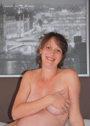 Домашняя фотосессия беременной кудряшки - фото 4