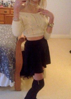 Горячая, худенькая блондинка фоткает себя в зеркало - фото 3- фото 3- фото 3