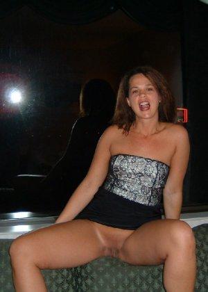 Частные фото девчонки под юбкой и во время траха в письку - фото 36
