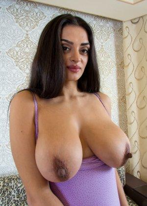 Big busty nipples