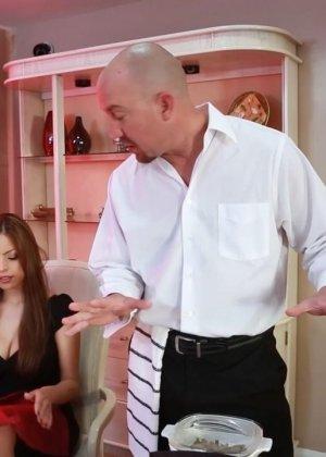 Секс с титястой турчанкой - фото 1