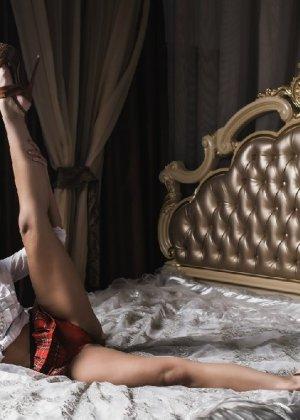 Профессиональная фотосессия от голой и нежной красоточки - фото 14