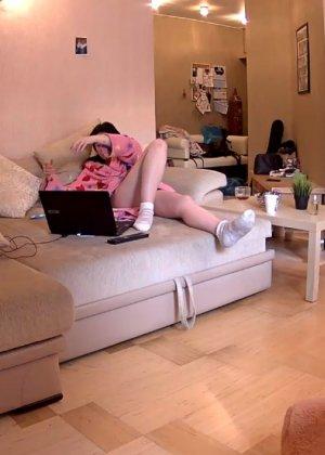 Скрытые камеры зафиксировали секс в неожиданных местах в квартире - фото 43