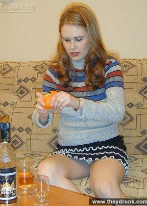 Голая пьяная русская девушка - фото 9