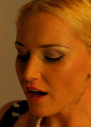 Kathia Nobili, Sophie Lynx - Галерея 3304099 - фото 3