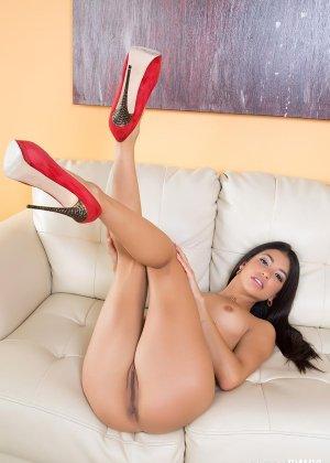 Красивая вагина худой латины - фото 8