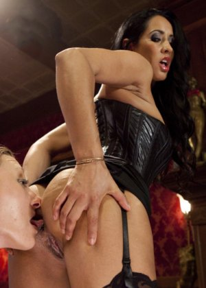 Isis Love, Emma Haize - ������� 3396136