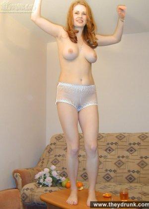 Голая пьяная русская девушка - фото 5