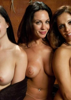 Kirsten Price, Francesca Le, Angell Summers - ������� 3221902