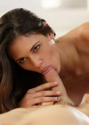 Секс с красивой худой брюнеткой Тиффани Томпсон - фото 3