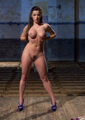 Bobbi Starr, Taylor Vixen - Галерея 3476933 - фото 17