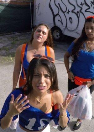 Veronica Rodriguez - Галерея 3502415 - фото 4