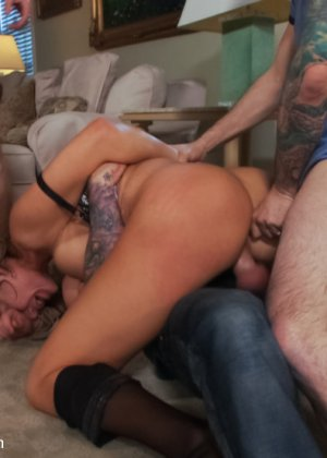 Nikki Sexx, Mark Davis, Jordan Ash, John Strong, Mr Pete, Tommy Pistol, Barry Scott, Ryan Mclane - Галерея 3399997 - фото 6