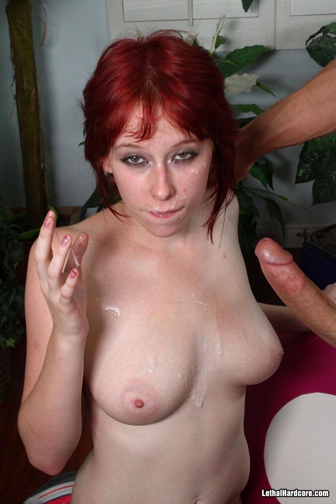 Zoey Nixon - Галерея 3277170