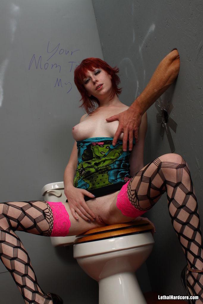 Zoey Nixon - Галерея 3268909