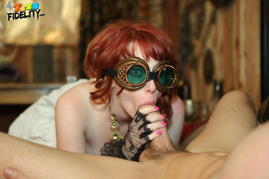 Zoey Nixon - Галерея 3324389