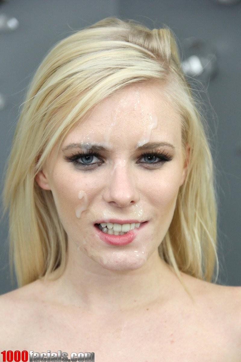 Все лицо блондинки в сперме после минета от первого лица