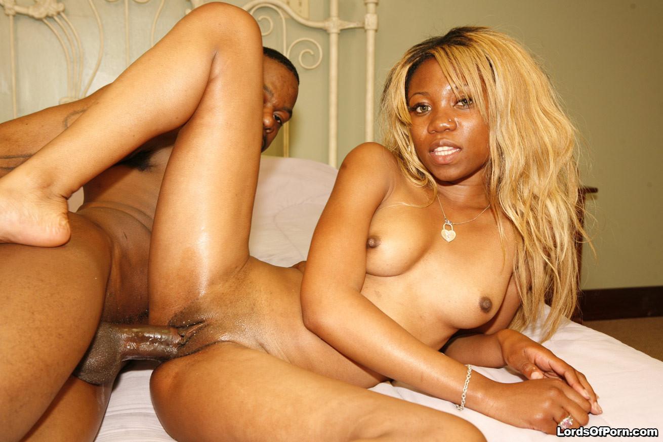 Старые африканки порно фото, Голые негритянки на фото - эротика обнаженных 11 фотография