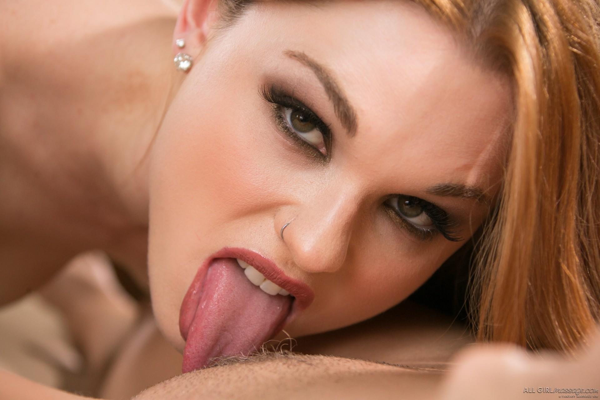 Придя на массаж молодая женщина не думала, не гадала, что станет лесбиянкой