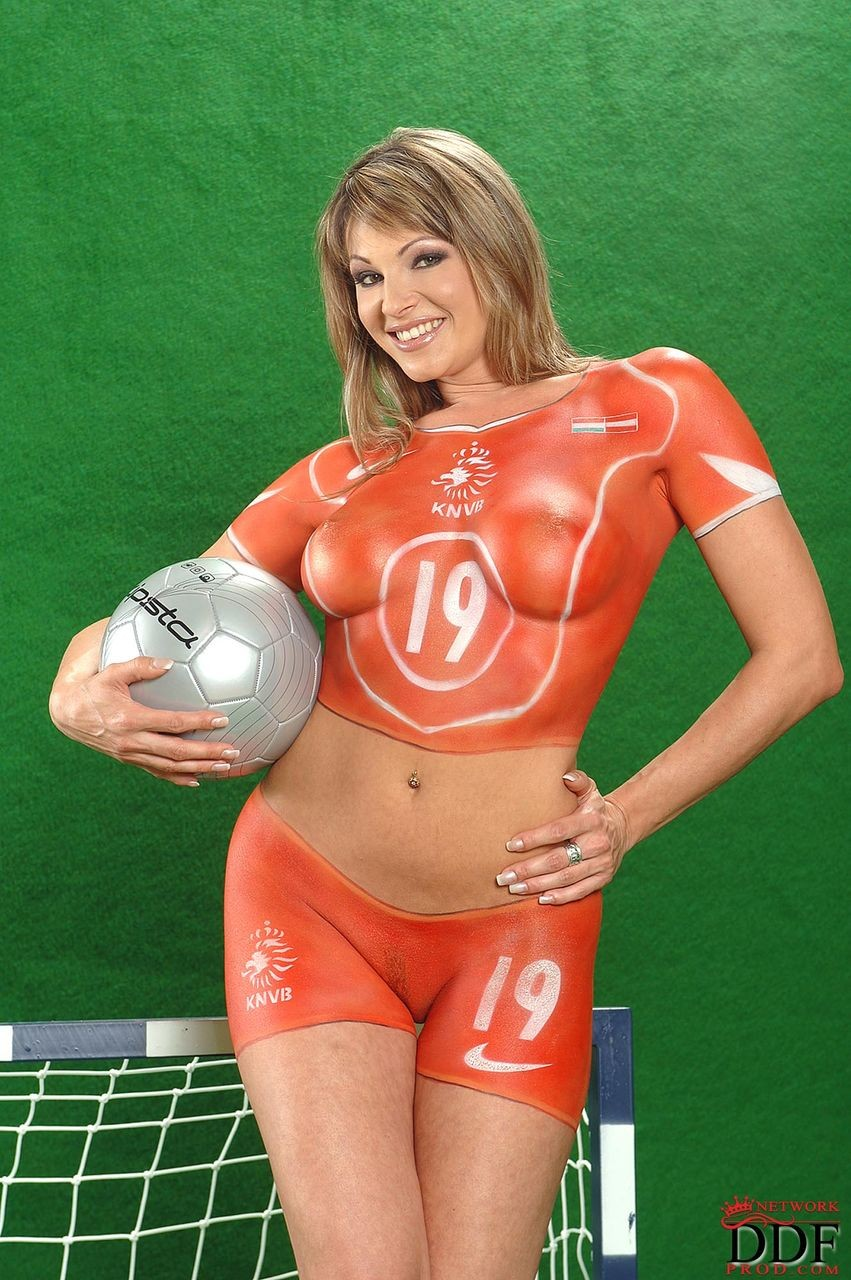 seks-video-izvestnogo-futbolista
