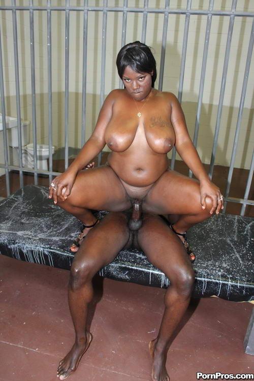 Porno со зрелыми мулатками
