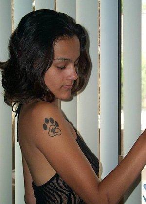 Джейн показывает себя в обнаженном виде и демонстрирует, как она любит развлекаться с женским полом - фото 16