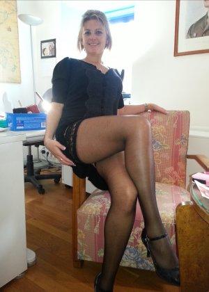 Женщина очень любит секс и не против съёмки во время процесса - она достаточно раскована для этого - фото 4