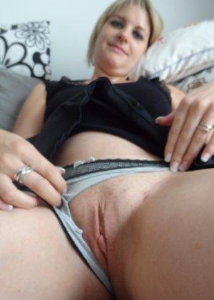 Женщина очень любит секс и не против съёмки во время процесса - она достаточно раскована для этого - фото 35