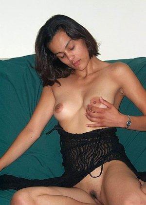 Джейн показывает себя в обнаженном виде и демонстрирует, как она любит развлекаться с женским полом - фото 31