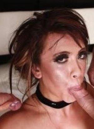 Ханна – сексуальная брюнетка, которая с удовольствием показывает свое тело, ведь ей нечего стесняться - фото 13