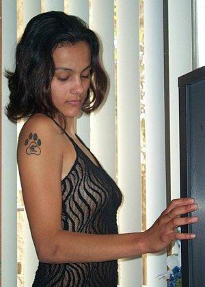 Джейн показывает себя в обнаженном виде и демонстрирует, как она любит развлекаться с женским полом - фото 20