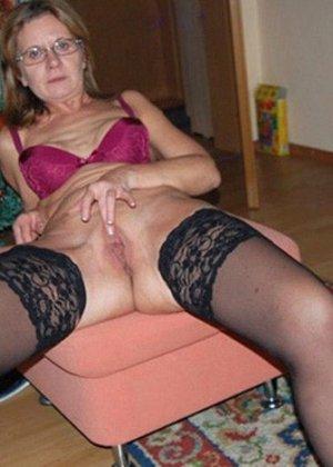 Парочки очень жарко встречают Рождество – это можно увидеть в сексуальной галерее фотографий - фото 9