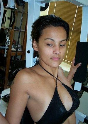 Джейн показывает себя в обнаженном виде и демонстрирует, как она любит развлекаться с женским полом - фото 39