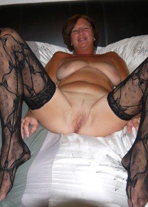 Опытная женщина знает, что нужно для того, чтобы выглядеть невероятно соблазнительно на фотографиях - фото 7