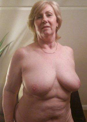 Жирная зрелая женщина показывает свое пышное тело всем желающим – кому-то может понравиться и такое - фото 15