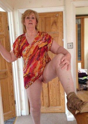 Жирная зрелая женщина показывает свое пышное тело всем желающим – кому-то может понравиться и такое - фото 11