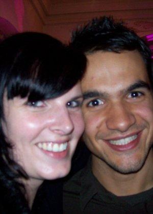 Счастливая парочка любит пошалить перед камерой – они снимают друг друга по очереди, а потом во время секса - фото 29