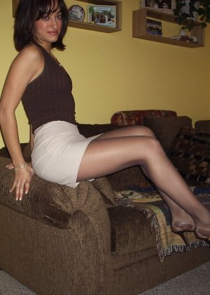 Смелая блондинка позирует в разных ракурсах и даже разрешает снимать себя во время секса - фото 41