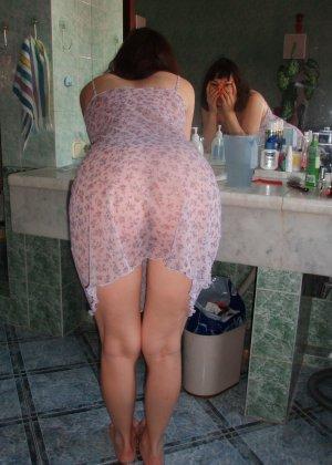 Ребекка с волосатой пиздой не стесняется своей естественности – она готова к съемке даже во время секса - фото 34