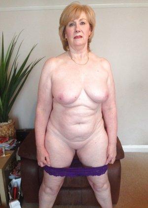 Жирная зрелая женщина показывает свое пышное тело всем желающим – кому-то может понравиться и такое - фото 31