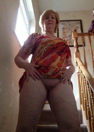 Жирная зрелая женщина показывает свое пышное тело всем желающим – кому-то может понравиться и такое - фото 12
