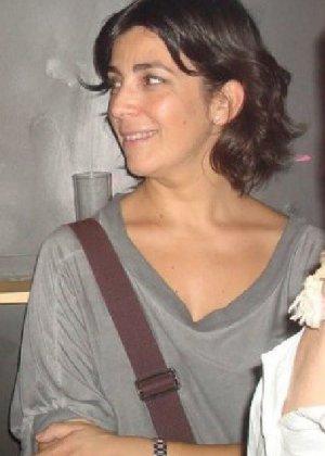 Джемма из Барселоны – зрелая брюнетка, которая умеет быть сексуальной, ничего с себя не снимая - фото 11