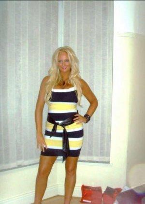 Блондинка с огромными буферами возбудит многих мужчин – она способна понравиться многим - фото 18