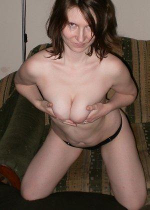 Женщина соглашается на домашнюю фотосессию, в которой она смело остаётся без одежды - фото 6