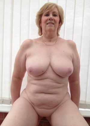 Жирная зрелая женщина показывает свое пышное тело всем желающим – кому-то может понравиться и такое - фото 5