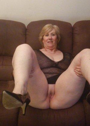 Жирная зрелая женщина показывает свое пышное тело всем желающим – кому-то может понравиться и такое - фото 14