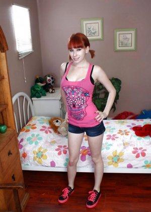 Zoey Nixon - Галерея 3339574 - фото 7