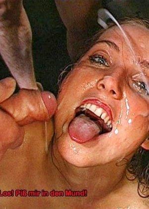 Куча спермы и мочи смешались во рту этой бляди - фото 7